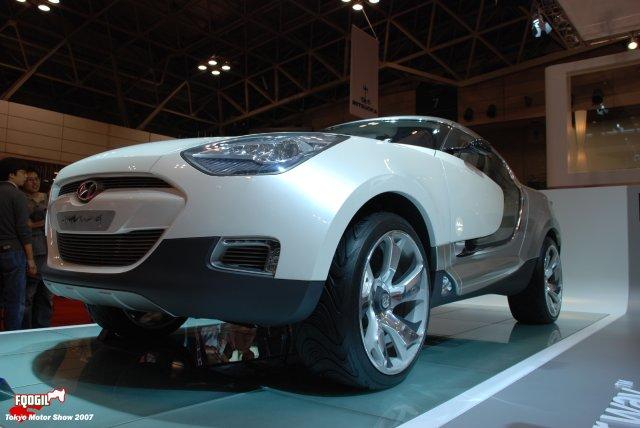 Tokyo057-Hyundai.jpg