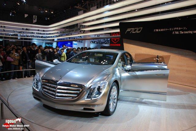 Tokyo077-Mercedes.jpg