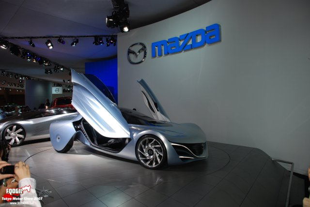 Tokyo087-Mazda.jpg