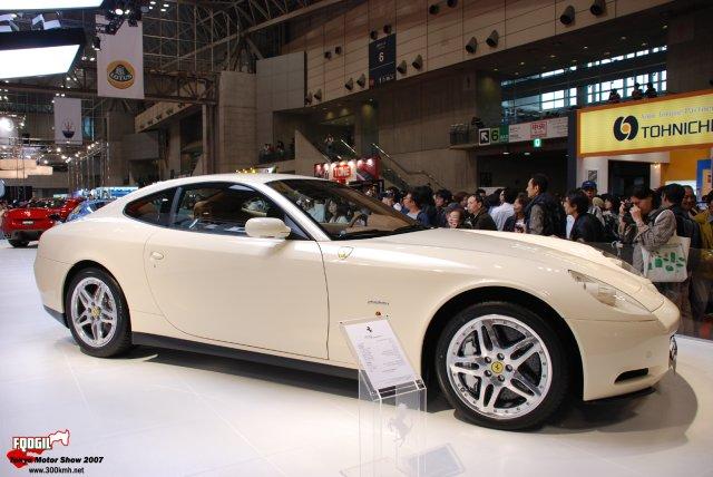 Tokyo115-Ferrari.jpg