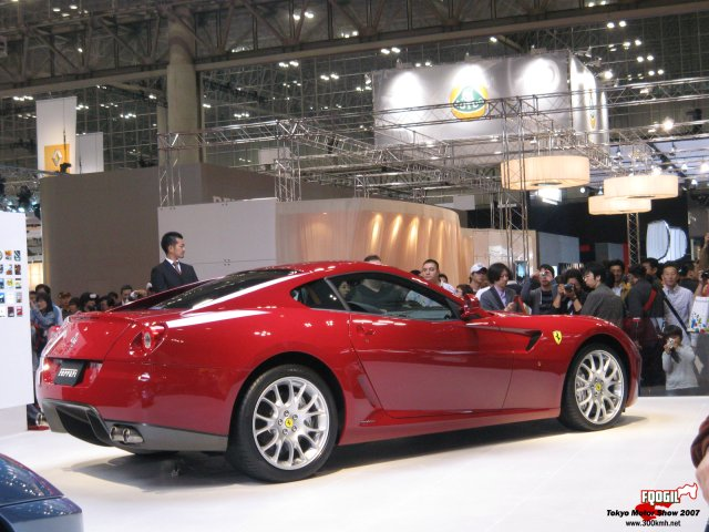 Tokyo118-Ferrari.jpg